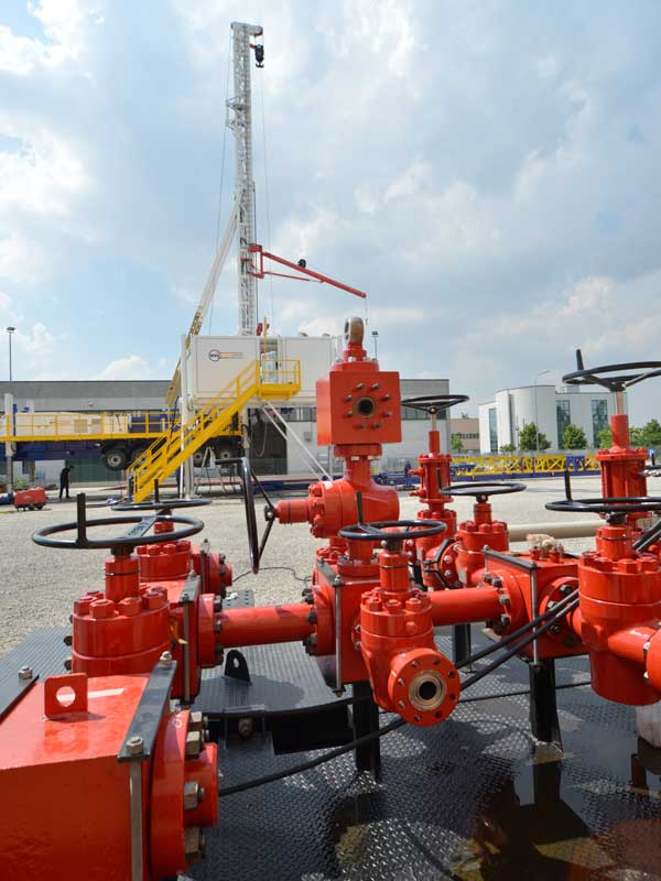 WEI D75S Slant Drilling Rig – DRILLING RIG 75 MTON