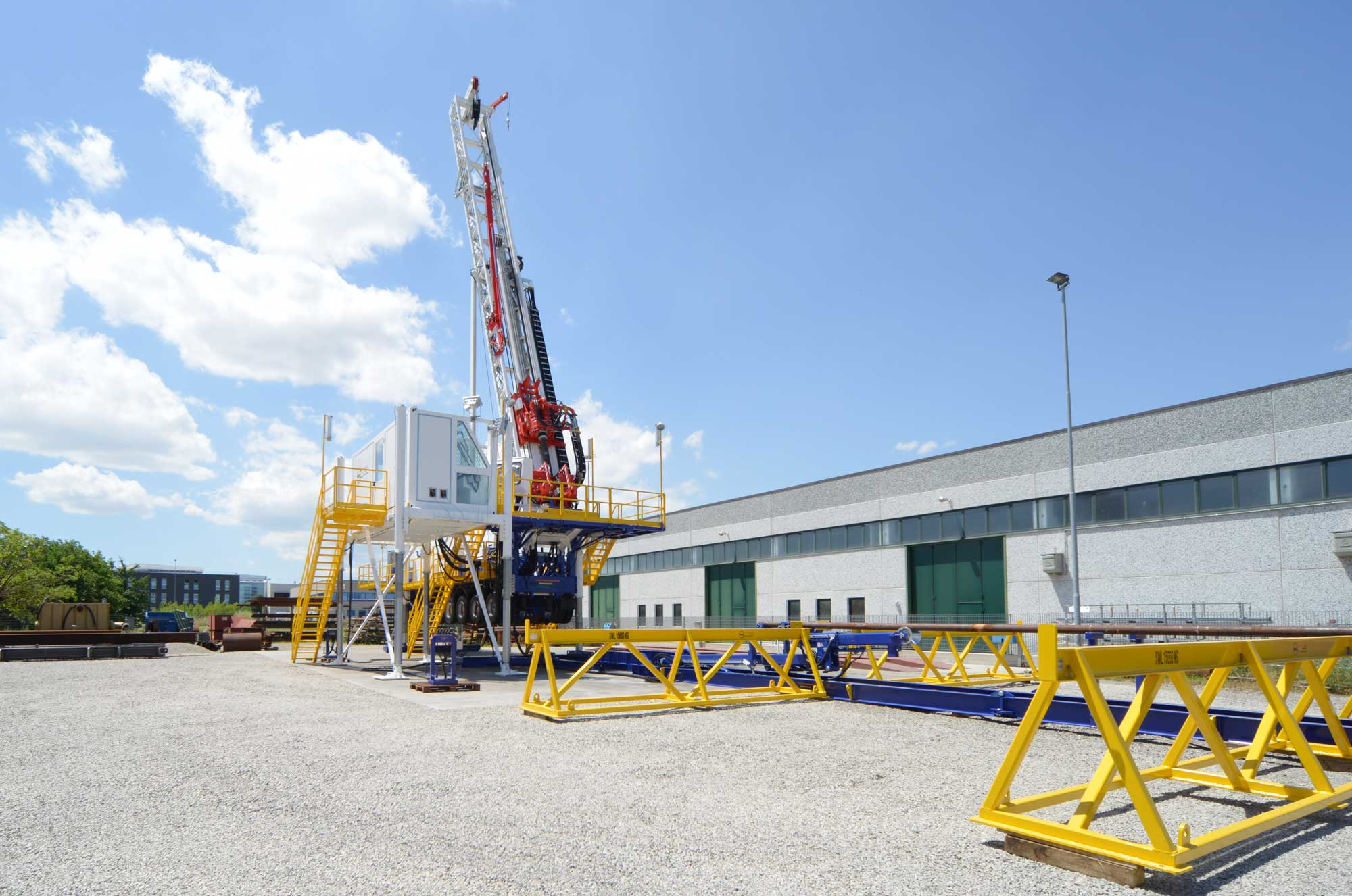 Wei | Well Equipment International - Piacenza, Italy | D75S Slant – DRILLING RIG 75 TONS