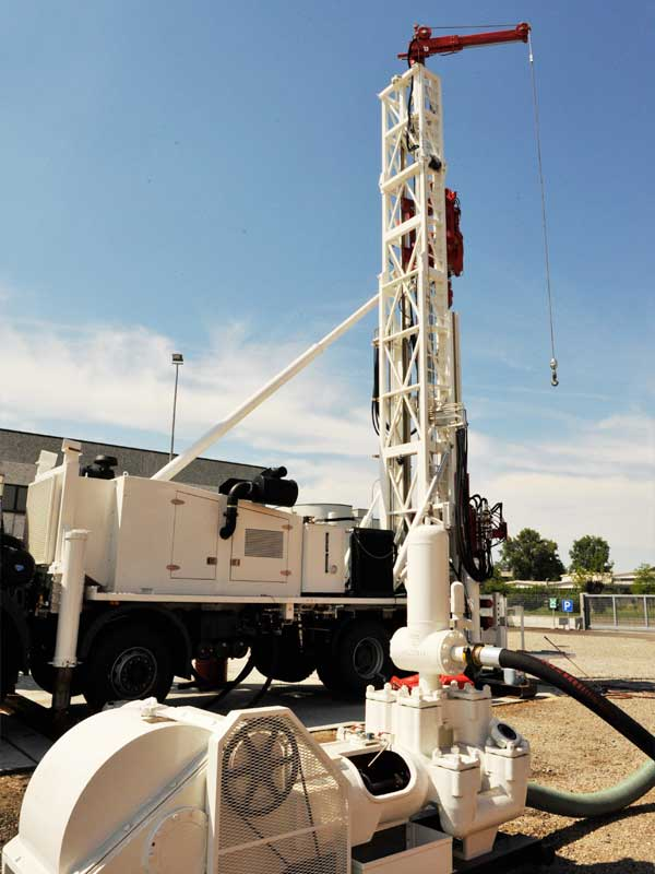 WEI DR40 Dual Rotary Drilling Rig